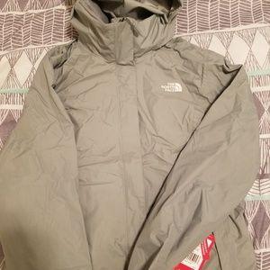 Size large women's North Face jacket